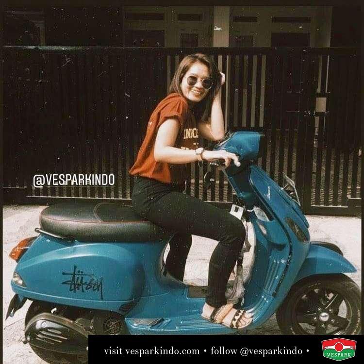 Vespa S with Vespa girl @trchyaani