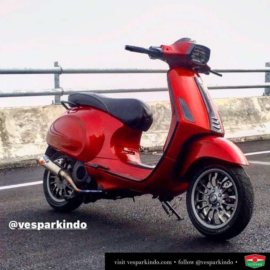 Red devil Vespa Sprint custom @scootermood_