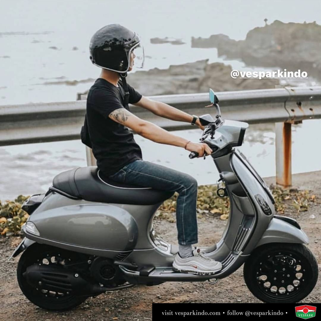 Travel with Vespa S