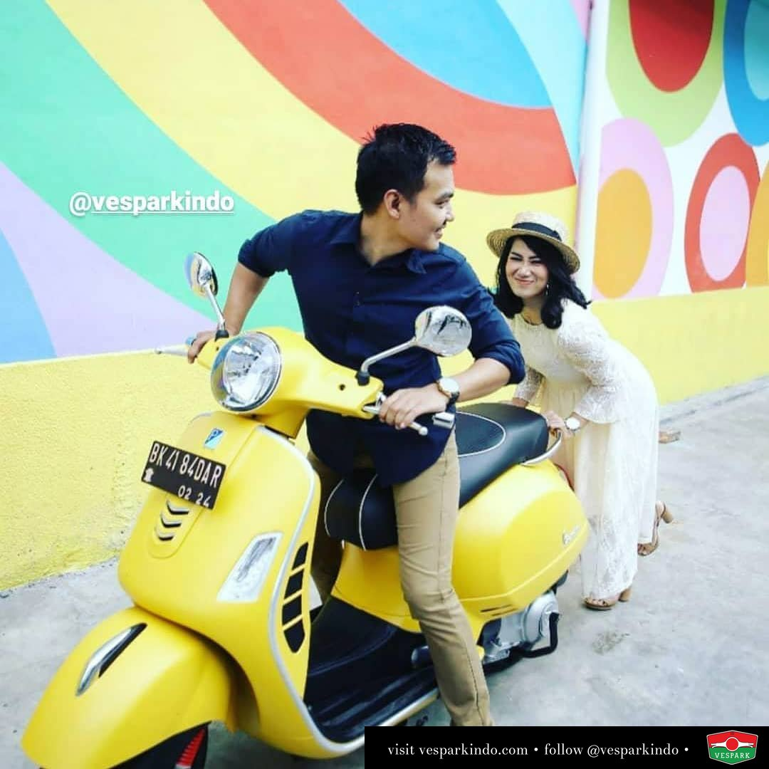 Vespa couples with Vespa GTS 300 @giaalbs