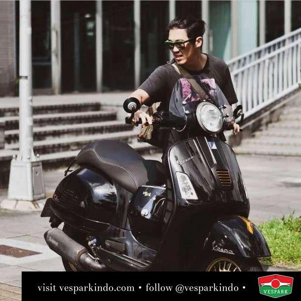 GTS Ride  Live More Ride Vespa Saatnya anda miliki scooter matic legendaris Vespa!  Geser untuk lihat genuine aksesoris Vespa @vesparkindo dan lihat sorotan utk paket promo aksesoris   Tersedia penawaran leasing/kredit menarik untuk semua tipe Vespa. Cek info di web, link di bio  Hubungi dealer resmi Vespark Piaggio Vespa Medan Sumut @vesparkindo untuk pesanan Medan, Aceh, Riau dan Sumut Dealer tetap buka selama liburan silakan WA 0815-21-595959 untuk appointment, jam buka dan DM utk brosur terbaru  Kunjungi: VESPARK: Piaggio Vespa 3S ShowPark Jln Prof HM Yamin No.16A (simpang Jln Jawa)  Medan Telp. 061-456-5454 Cek IG @vesparkindo   feature @skodavrs_vespa_local_daddy