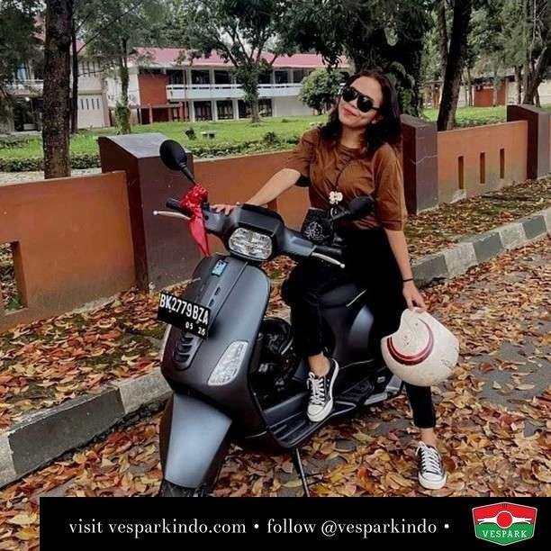 Semoga hati kamu terbaik dari aku yang terbaik  Live More Ride Vespa Saatnya anda miliki scooter matic legendaris Vespa!  Geser untuk lihat genuine aksesoris Vespa @vesparkindo dan lihat sorotan utk paket promo aksesoris   Tersedia penawaran leasing/kredit menarik untuk semua tipe Vespa. Cek info di web, link di bio  Hubungi dealer resmi Vespark Piaggio Vespa Medan Sumut @vesparkindo untuk pesanan Medan, Aceh, Riau dan Sumut Dealer tetap buka selama liburan silakan WA 0815-21-595959 untuk appointment, jam buka dan DM utk brosur terbaru  Kunjungi: VESPARK: Piaggio Vespa 3S ShowPark Jln Prof HM Yamin No.16A (simpang Jln Jawa)  Medan Telp. 061-456-5454 Cek IG @vesparkindo   @alvinasilaen