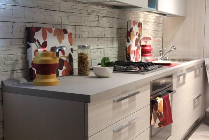 kitchen backsplash in white brick