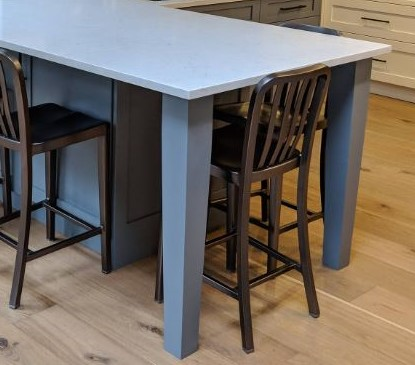 Tapered post as dining bar support