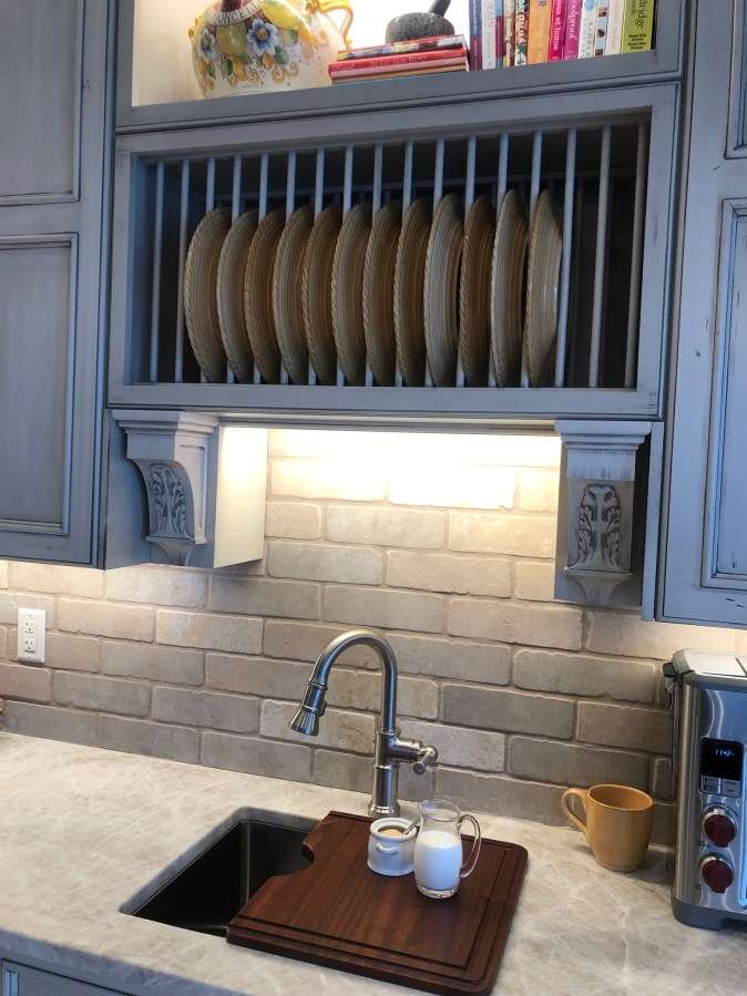 Plate rack and corbels