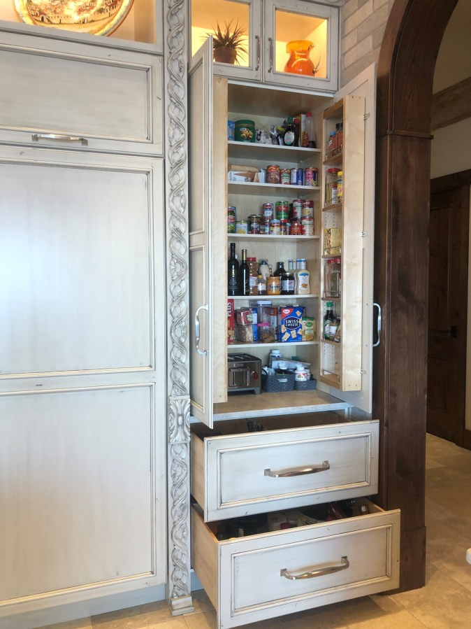 Dry goods pantry
