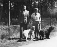met-ans-koster-en-honden