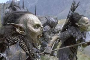 Orcii sunt creaturi hidoase în mai multe feluri dar la început, în trecut au fost elfi.