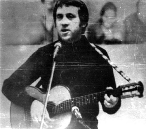 Vystuplenie-V.-Vysotskogo-vo-Dvortse-sporta-YUbilejnyj-g.-Tashkenta.-Foto-19-20-oktyabrya-1977