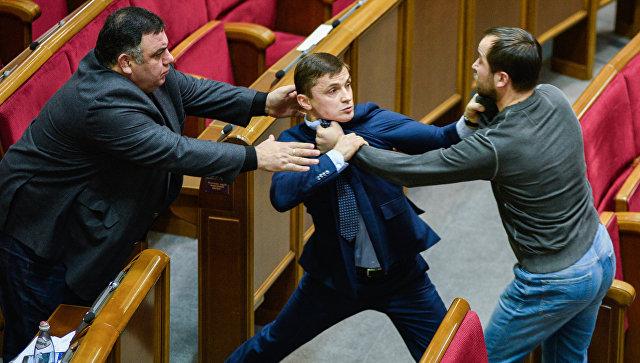 Украинский криминал пригрелся среди «Слуг народа»