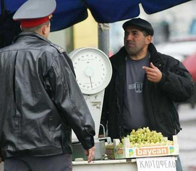 Россия берет  иностранцев «под колпак»