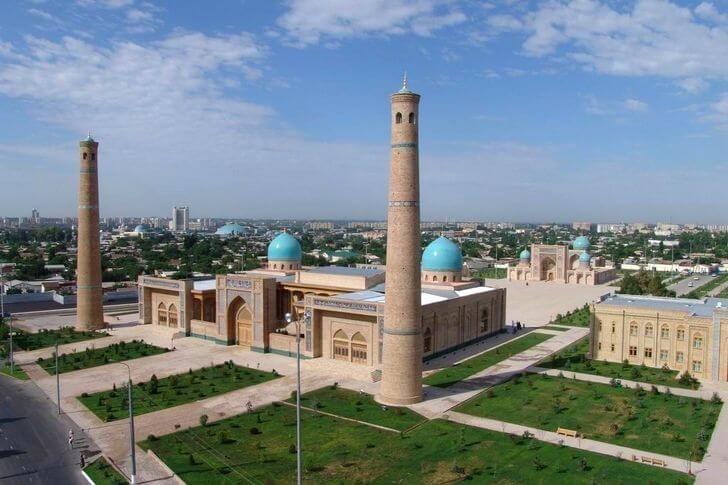 В Старом городе начинают сносить дома под исламский Центр