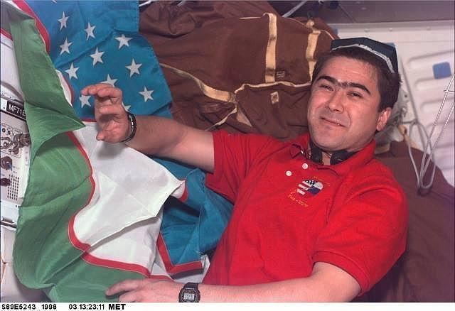 Куда пропал узбекский флаг с орбиты?