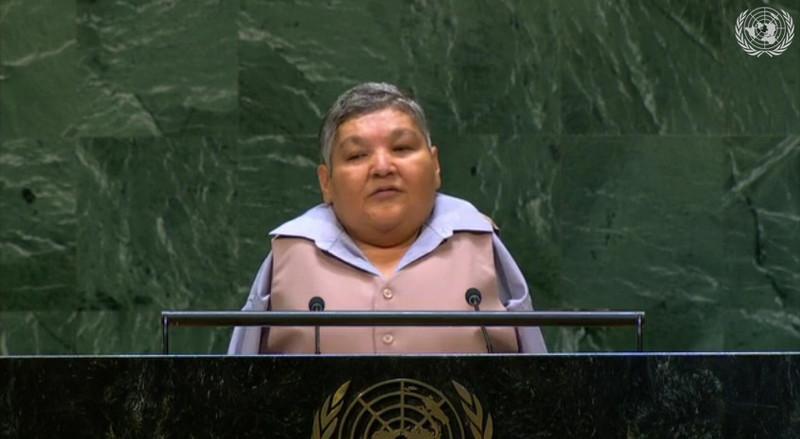 Безрукий казах призвал с трибуны ООН запретить ядерные испытания