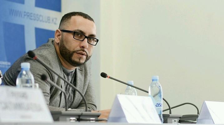 Узбекского стилиста объявили в международный розыск