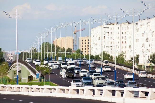 Знойный гармсиль душит Ташкент