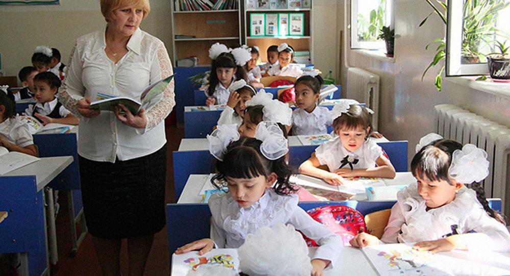 В Узбекистане учительские зарплаты вырастут на 25 процентов