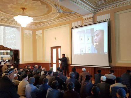 В узбекистанских мечетях внедрен сурдоперевод