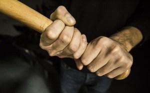 18-летний ферганец забил тяпкой беременную супругу и тестя