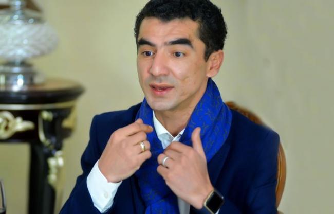 "Узбекский певец лишен лицензии за ""базар"""