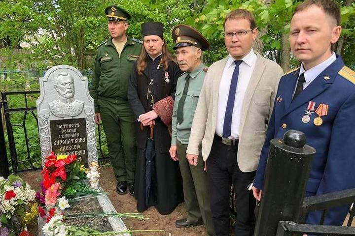 Губернатор Туркестана дождался памятника