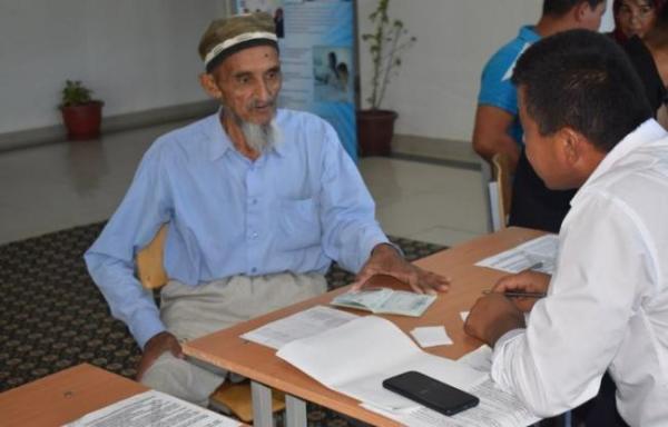 В Узбекистане бум абитуриентов старше 50 лет