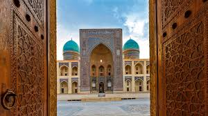 1 июня: Узбекистан открывает границы