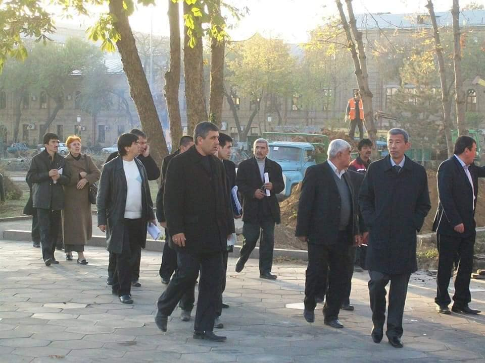 Названы «дровосеки» ташкентского Сквера