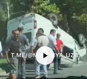 Пенсионер на Lacetti опрокинул маршрутку на Чиланзаре, восемь пострадавших