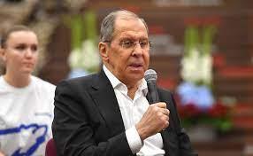 Лавров: Россия защитит зарубежных соотечественников