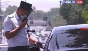 Гаишник по звонку сверху отпустил нарушителя-мажора в Алмалыке