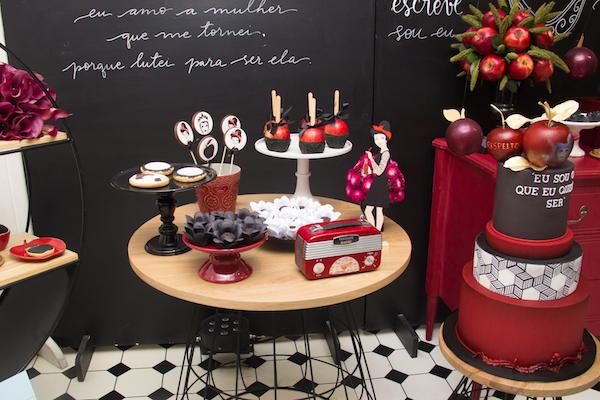 mesa de doces branca de neve festa