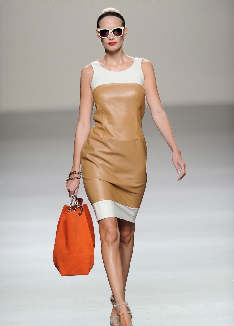 Colores De Vestidos Ideales Para Las Blanquitas Con Pelo