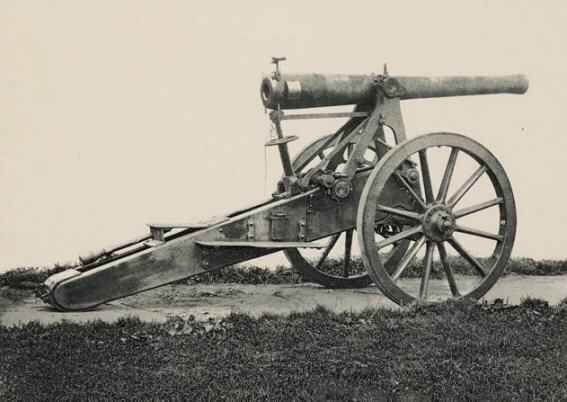 Kanon 10 cm brons op hoge affuit, 1890 andere zijde
