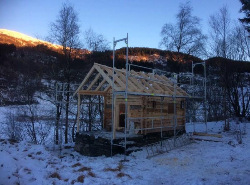 Laftet bygg før tak vestlaft
