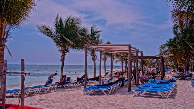 Beach in Mexico chairs