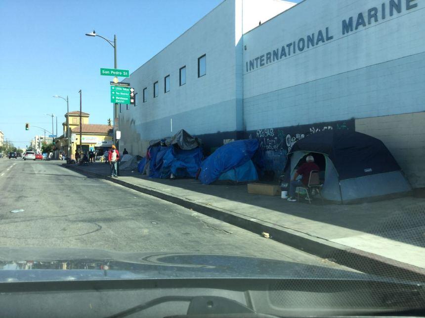 Бомжи в Калифорнии