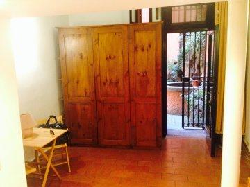 AFFITTO ROMA RIF. 108 VIA DEL COLOSSEO