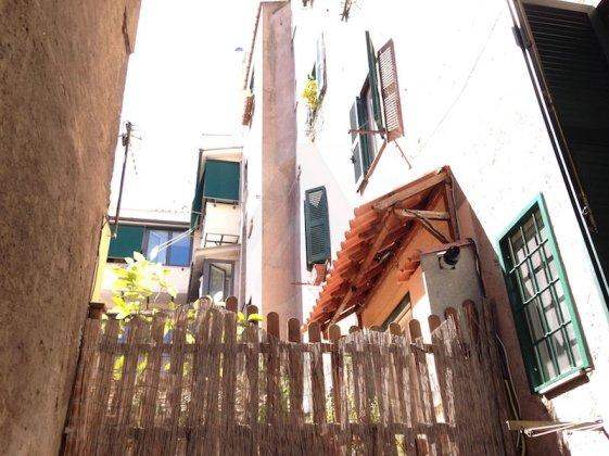 """[GHETTO - QUARTIERE EBRAICO] AFFITTO LOCALE COMMERCIALE """"C1"""" 150 mq ROMA"""