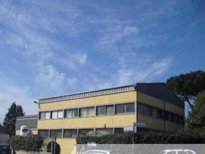 Roma Tiburtina Capannone in Vendita
