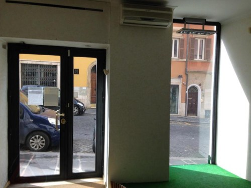 Affitto Negozio Roma Rinascente