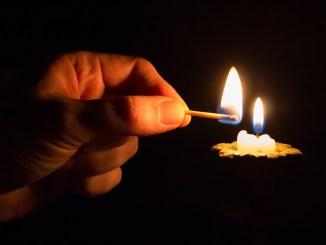 свещ Снимка: pixabay.com