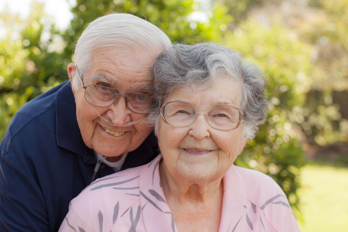 Elderly Couple Portrait #vezzaniphotography