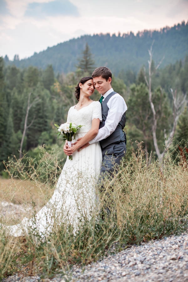 Tibble Fork Bride & Groom Portraits in American Fork Canyon #vezzaniphotography