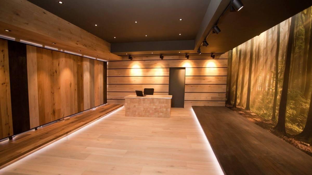 Hardwood Floor Store in Arleta