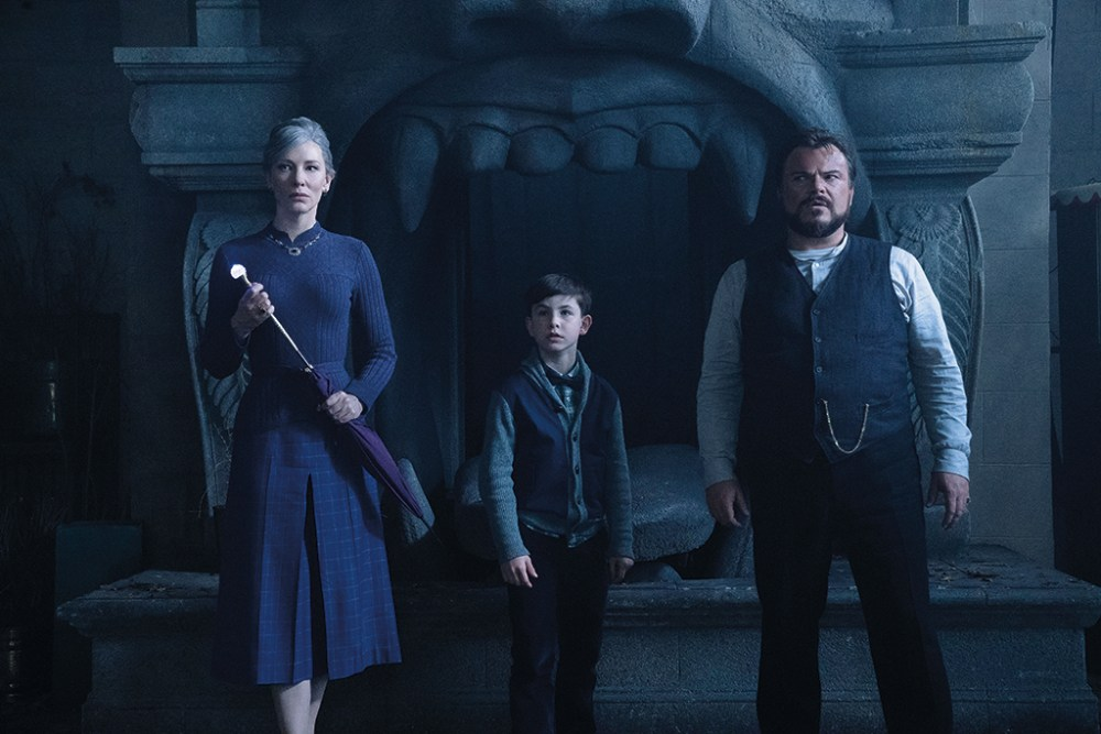 Inside THE HOUSE WITH A CLOCK IN ITS WALLS - VFX Voice MagazineVFX