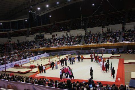 El gimnasio Juan de la Barrera se vistió de gala con estrellas nacionales y extranjeras