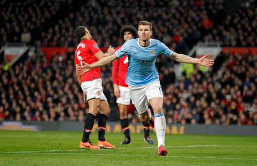 El Manchester City se lleva el Derby