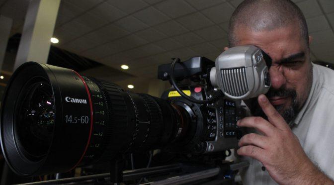 """<span class=""""entry-title-primary"""">Canon presenta el nuevo equipo Cinema EOS C700</span> <span class=""""entry-subtitle"""">La cámara fotográfica EOS C700 estará disponible a partir de diciembre 2016.</span>"""