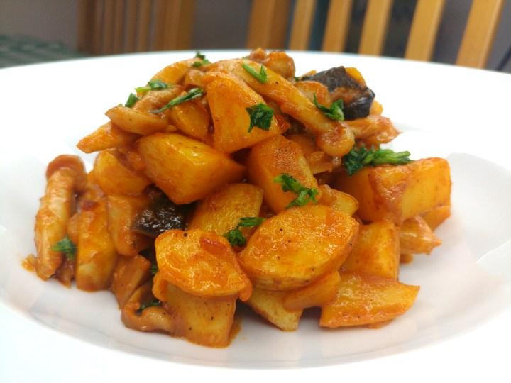 recipe Paprikash Krumpli, Hungarian Style potatoes in Paprika